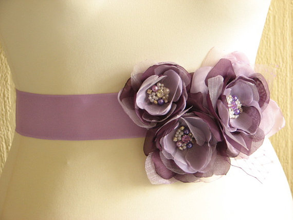 Mariage - Purple bridal sash Lilac wedding sash Purple ribbon sash Lilac purple wedding sash Purple wedding dress Lilac wedding dress Purple dress