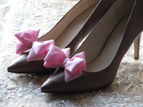 Wedding - Pink shoe clips Pink bridal accessories Pale pink shoes Pink bridal shoes Pink bridesmaid gift Pink bridesmaids gift Pink wedding Shoe clips
