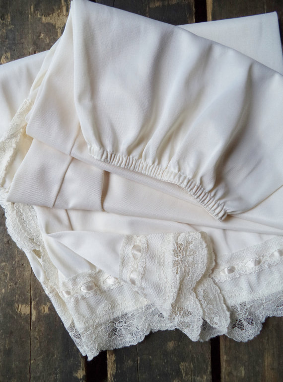 Свадьба - Vintage Off White Lace Half Slip Long Intimates Fashion For Her Movie Star Satin Lace Lingerie Womens Clothing