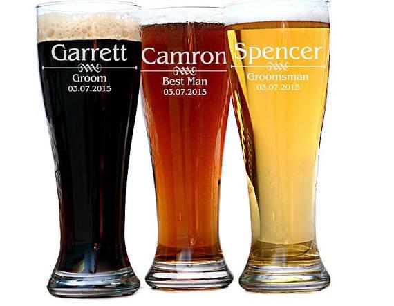 Hochzeit - Groomsman Beer Glass, Personalized Groomsman Gift, Best Man Gift, Best Man Pilsner Mug, Groomsmen Gift, Groomsmen Beer Glass, Gifts for Men