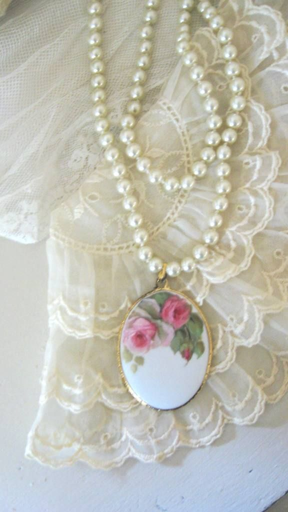 Mariage - ~ ✿⊱ One Word Leads To Another