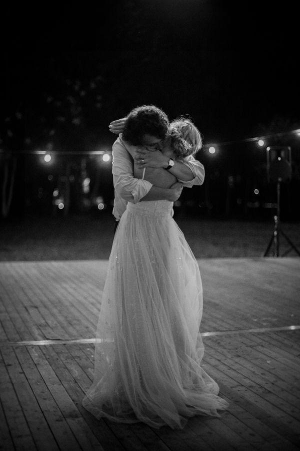 Wedding - Hey Baby, I Think I Wanna Marry You