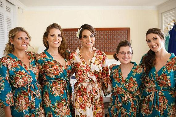 Mariage - Bridesmaid robe, Set of 5 Floral Kimono Crossover patterned Robe Wrap, Robe, Bridesmaids gift, getting ready robes, Bridal shower favors