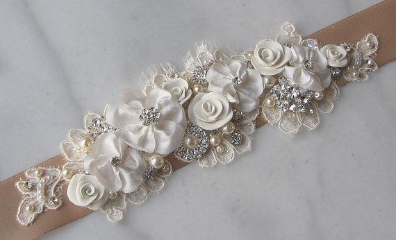 Mariage - Ivory and Champagne Sash, Bridal Sash, Wedding Belt, Rhinestone and Pearl Flower Sash with Lace - BROOKE