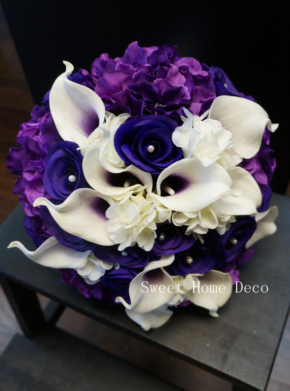 """Свадьба - JennysFlowerShop 12""""W Real Touch Calla Lily Wedding Bride Bouquet Cascading and Hand-Tied  in Purple Silk Roes Hydrangeas"""