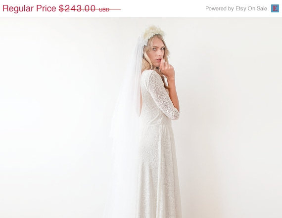 Mariage - Ivory lace dress ,open back gown, Long sleeve wedding dress