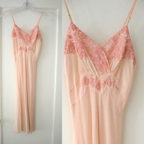Hochzeit - Vintage 40's Pink Silk lingerie slip dress nightgown XS