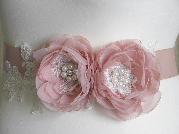 Mariage - Blush sash Wedding blush sash Blush dress flower Blush ribbon sash Ivory blush sash Blush ivory lace sash Blush bridesmaid sash Blush bridal