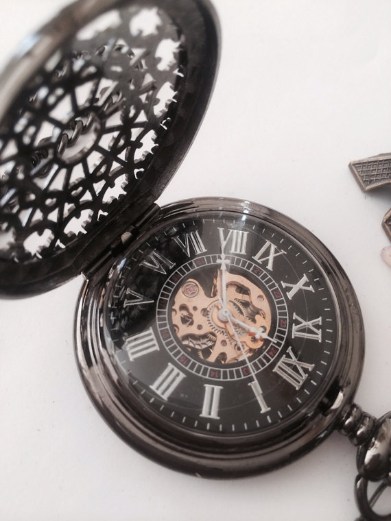 Свадьба - Personalized Steampunk Mens Pocket Watch- Engraved Mechanical Watch Gift for him Groomsmen Gift VM015