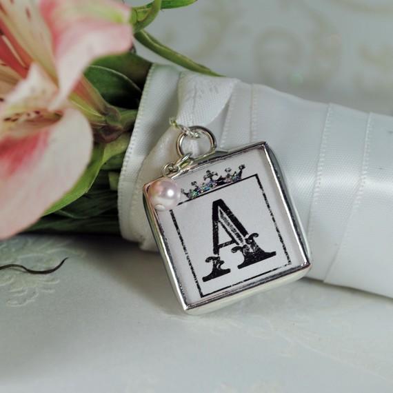 Mariage - Bridesmaids Bouquet Pendant Personalized initial Charm