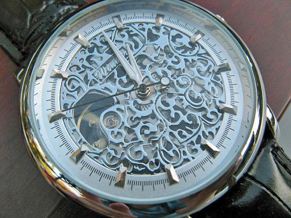Свадьба - Classic Silvertone Mechanical Wrist Watch with Black Leather Wristband - Unisex - Steampunk - Men - Groomsmen - Watch - Item MWA1003