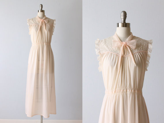 Mariage - Negligee / Bridal Lingerie / Nightgown / Blissfully Pink