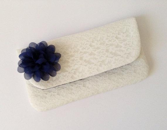 Свадьба - Lace Clutch - wedding / bridal / navy / lace / ivory