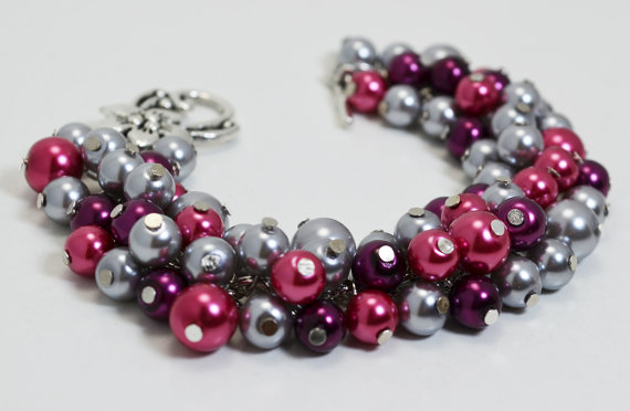 Mariage - Gray, Plum and Fuchsia Cluster Bracelet, Chunky Pearl Bracelet, Gray and Plum Bridal Jewelry, Gray Bridesmaid Necklace, Gray Bridal Jewelry