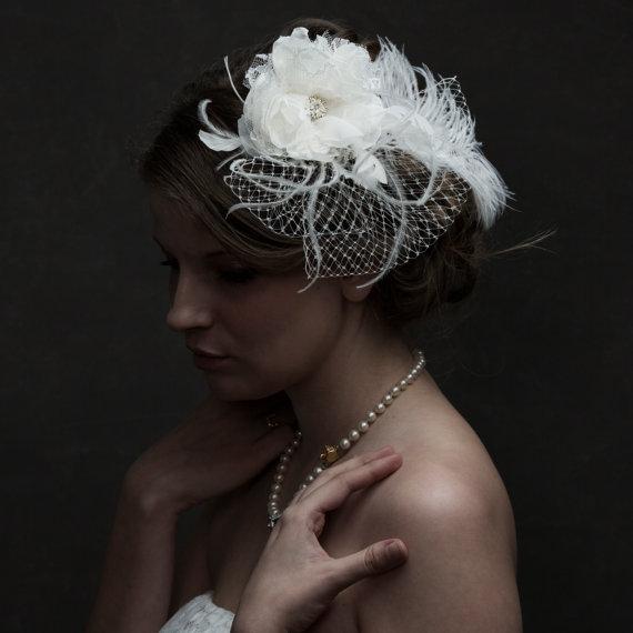 Mariage - Bridal Feather Fascinator Wedding Accessories, Bridal Accessories, Rhinestone Bridal Ivory Fascinator, Bridal Fascinator