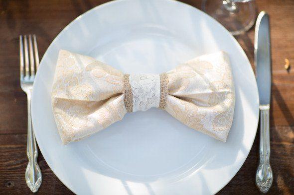 Свадьба - Country Burlap Wedding Inspiration