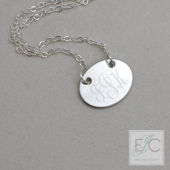 زفاف - oval engraved monogram necklace