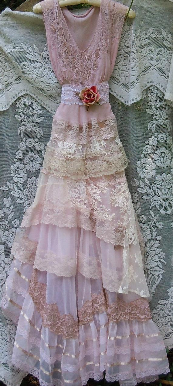 Blush wedding dress lace tulle embroidery boho vintage for Hippie vintage wedding dresses