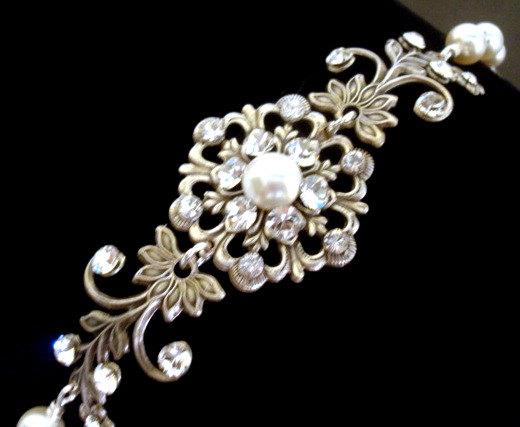 زفاف - Bridal bracelet, wedding jewelry, pearl bracelet, vintage style bracelet, antique silver, Swarovski crystals and pearls