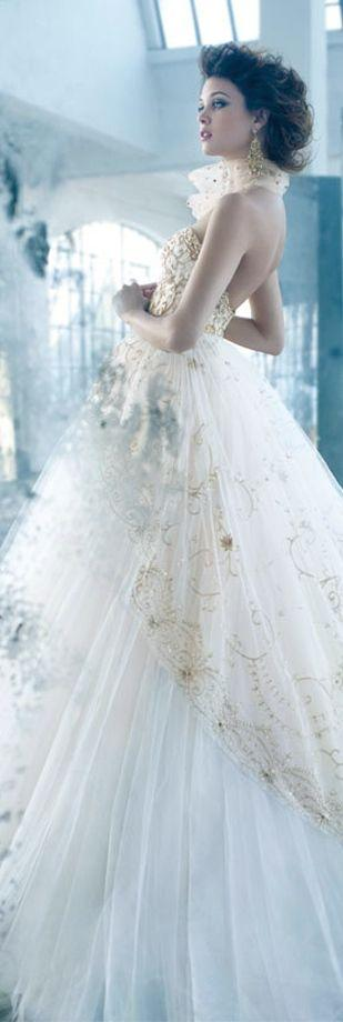 Свадьба - Designer Gown Manufacturers We Carry In Store