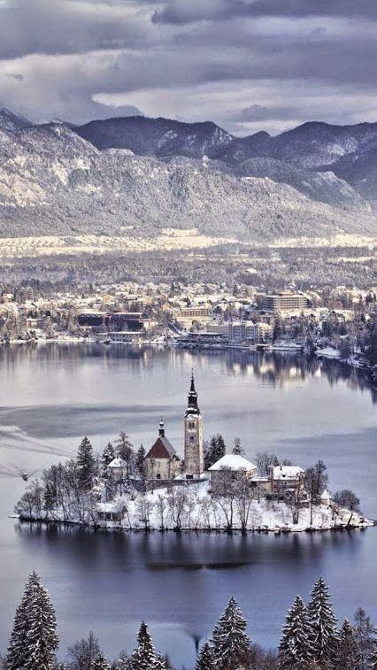 Hochzeit - Top 10 Best Winter Wonderland Places