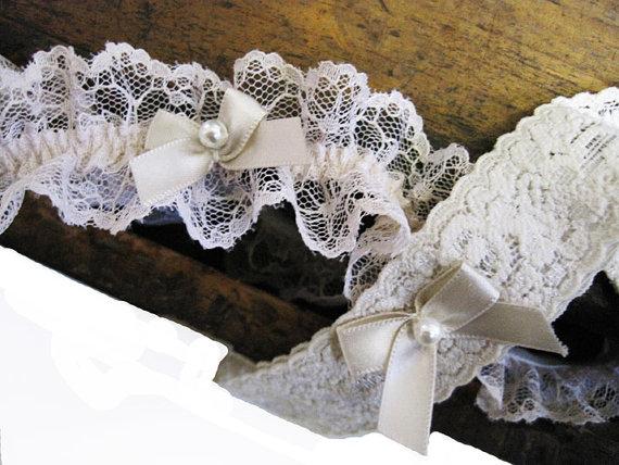 Hochzeit - Wedding Garter:  Nude Blush Lace Ruffled Garter Set