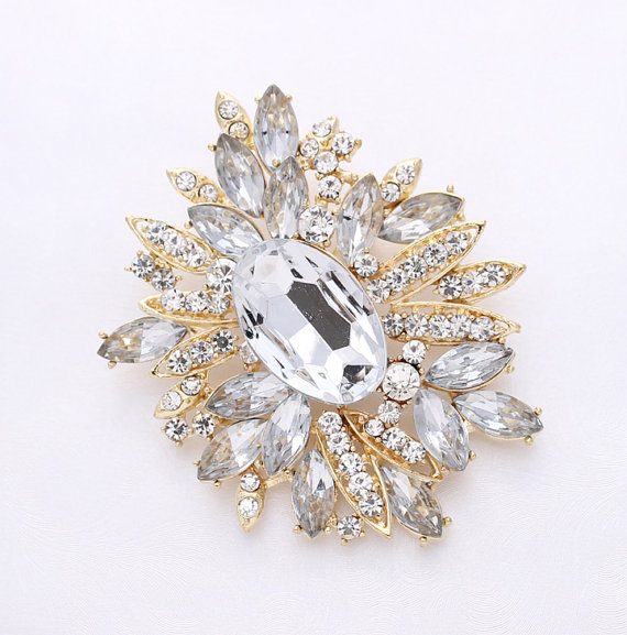 Mariage - Rhinestone Gold Brooch Wedding Bridal Dress Sash Broach Cake Bouquet Brooches Decorations DIY Jewelry Crafts Crystal Gold Broach