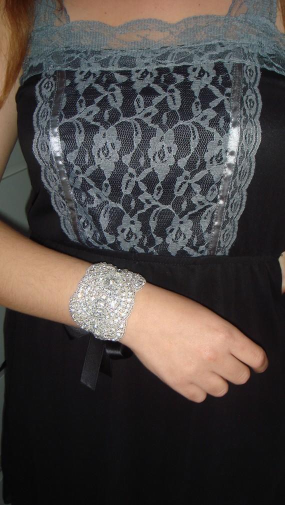زفاف - Rhinestone Cuff, bridal jewelry, Rhinestone  Bridal Cuff, cuff, rhinestone bracelet, accessories, Bridal, Bridesmaid, Weddings, Bracelet