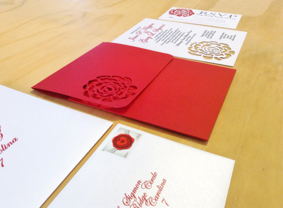 Свадьба - Red Rose Wedding Invitation - SAMPLE -