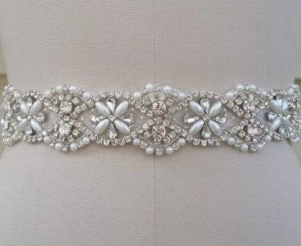 Свадьба - Pearls and crystals wedding dress sash. High quality