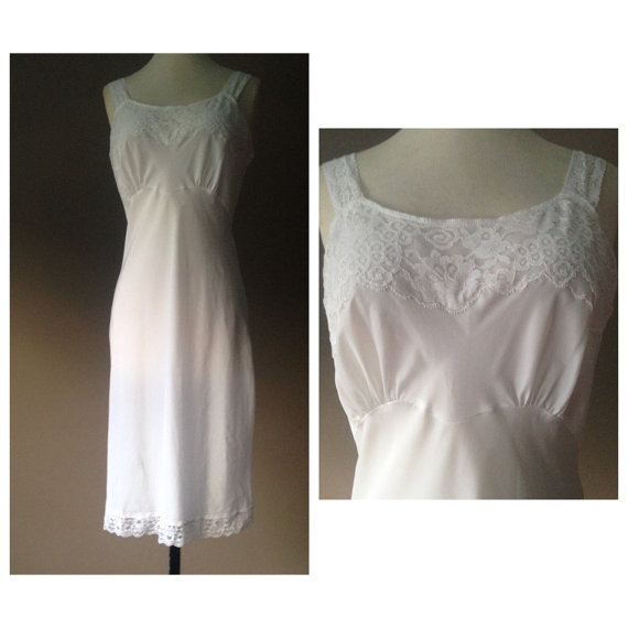 Hochzeit - L / Full Slip / Dress / white Taffeta / Size Large / FREE Shipping / Vintage Lingerie