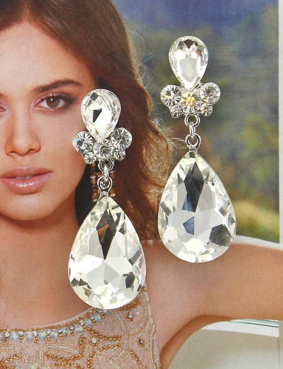 Mariage - Bridal Earrings Wedding Earrings Wedding Jewelry Bridal Jewelry Vintage Inspired Earrings Pearl Drop Crystal Bridal Earrings Style-588b