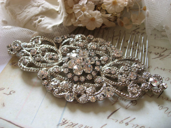 Mariage - Wedding hair comb, Bridal hair comb, Barrette clip, Vintage brooch, Silver vintage style hair accessory