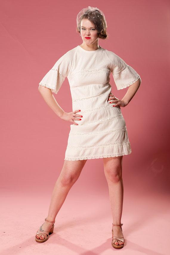 Vintage 1960s Mini Wedding Dress Casual White Lace