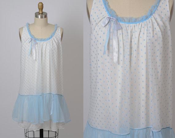 Hochzeit - 1960s lingerie/ 60s babydoll/ medium