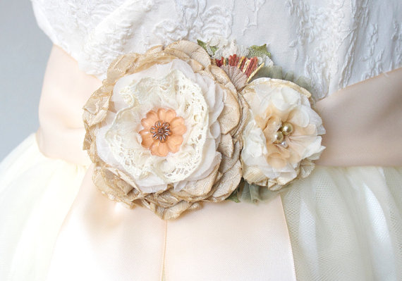Hochzeit - Rustic Wedding Sash with Peach, Tan and Ivory Flowers, Floral Bridal Belt, Peach Sash, Bridesmaid Flower Sash, Fabric Flower Sash Pin