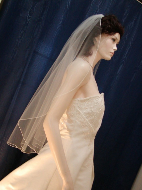 Hochzeit - Wedding Veil Bridal Veil   Fingertip  length Cascading Waterfall Style with delicate Pencil Edge   Very elegant