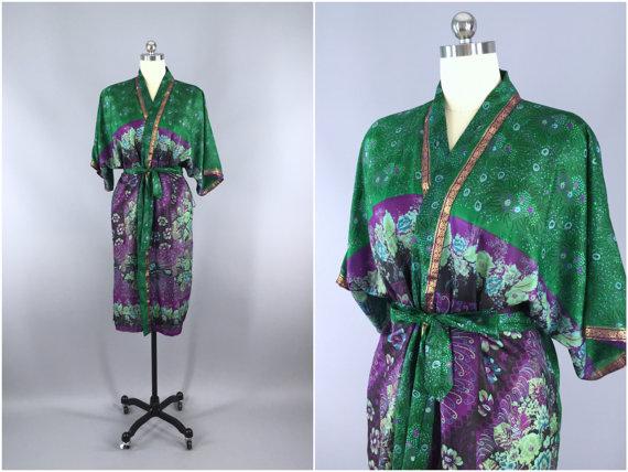 Свадьба - Silk Robe / Silk Sari Robe / Silk Kimono Robe / Vintage Indian Sari / Silk Dressing Gown Wedding Lingerie / Boho Bohemian Green Floral Print