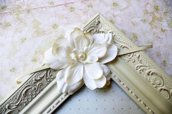 زفاف - Ivory flower headband, baby headband, newborn headband, girls, wedding, photography prop