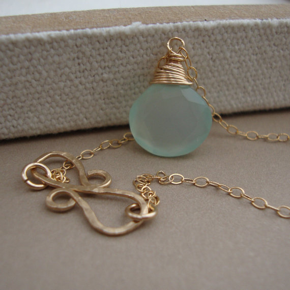زفاف - Chalcedony Necklace and Infinity Hammered Pendant all GOLD FILLED bridal, wedding necklace, everyday jewelry