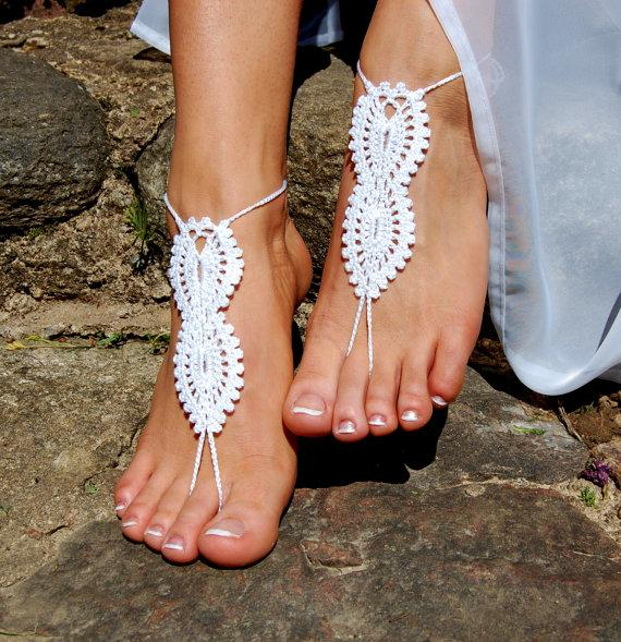 Mariage - Crochet Barefoot Sandals, Beach Wedding Shoes, Wedding Accessories, Bridal shoes, Nude Shoes, Yoga socks, Foot Jewelry