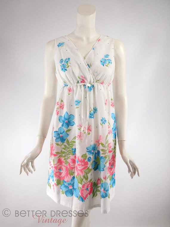 Mariage - Vtg 70s White Floral Cotton Short Nightie - sm, med