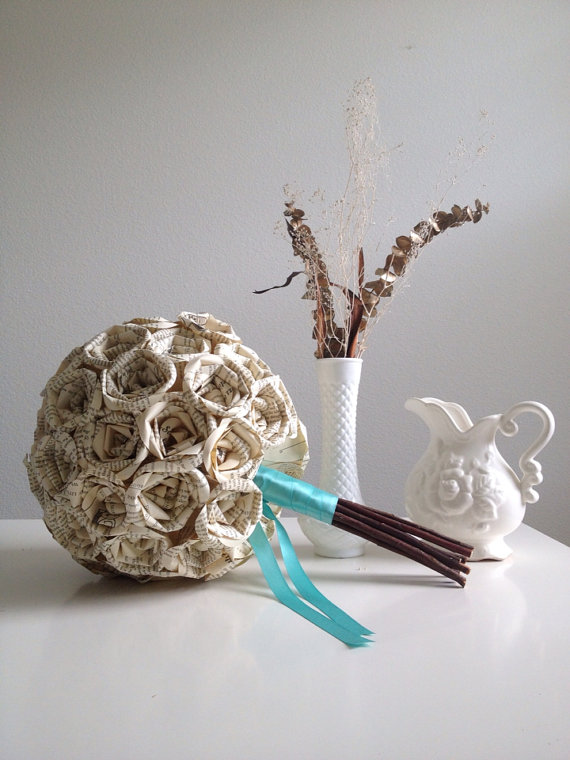 Mariage - Tiffany Blue Book Page Paper Rose Bouquet