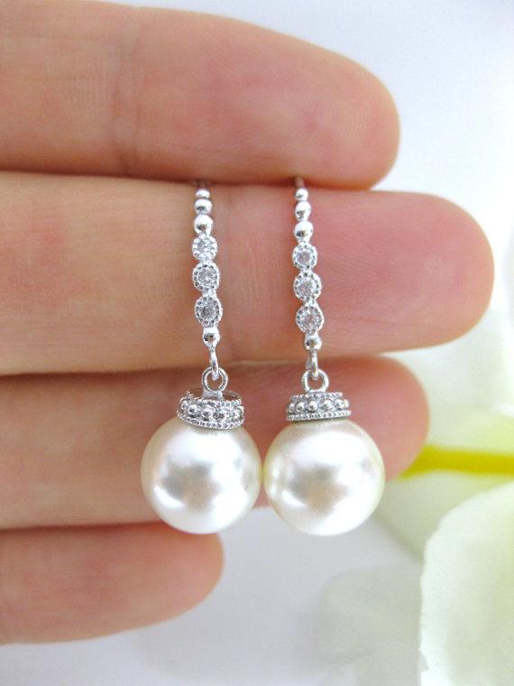 Mariage - Swarovski 10mm Round Pearl Earrings Bridal Drop Pearl Earrings Bridesmaid Earrings Wedding Jewelry Bridesmaid Gift Bridal Earrings (E132)