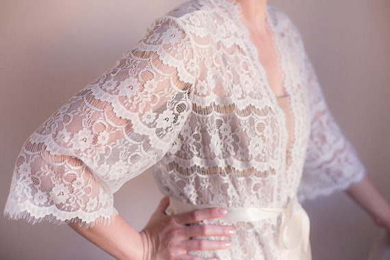 زفاف - Lace Robe for Bride, Lingerie, Getting Ready, Bridal Gift, Bachelorette party Gift, Honeymoon, Lace Kimono, Wedding Gift, I do, White Lace