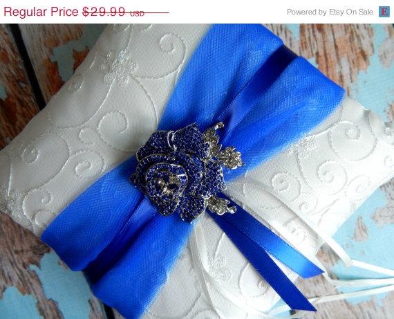 Hochzeit - 20 % OFF SALE Royal Blue Ring Bearer Pillow / Ring Bearer Pillow  / Wedding Pillow / Royal Blue Wedding pillow