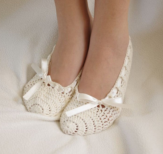 Hochzeit - Bridal wedding dance shoes ivory Party Bridesmaid