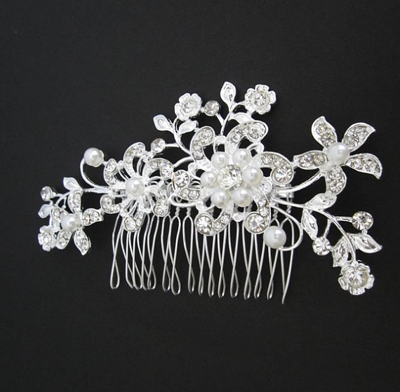 Mariage - Bridal Hair Comb. Crystal Flower Hair Piece. White Pearl Vintage Leaf Comb. Wedding Hair Accessories. Bridal Crystal Comb.Silver Comb