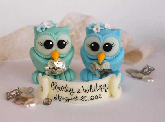 Hochzeit - Two brides owl wedding cake topper, brooch bouquet, aqua blue wedding, same sex cake topper