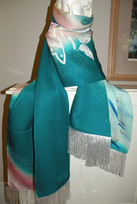 Mariage - Silk Kimono Scarf/Shawl/Wrap/Shrug..Peacock Feather..Bridal/Wedding Gift..Florals..Butterfly..Clutch to match available